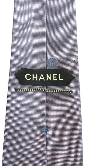 Preload https://img-static.tradesy.com/item/22501016/chanel-purple-tie-0-2-540-540.jpg