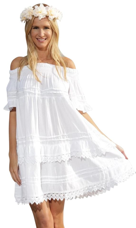 White Off the Shoulder Casual Dresses