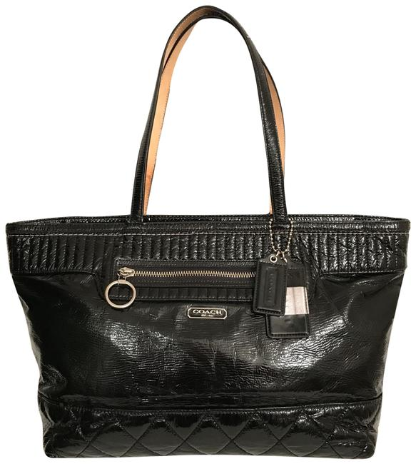 Item - Large Quilted 18674 Black Silver Patent Leather Tote