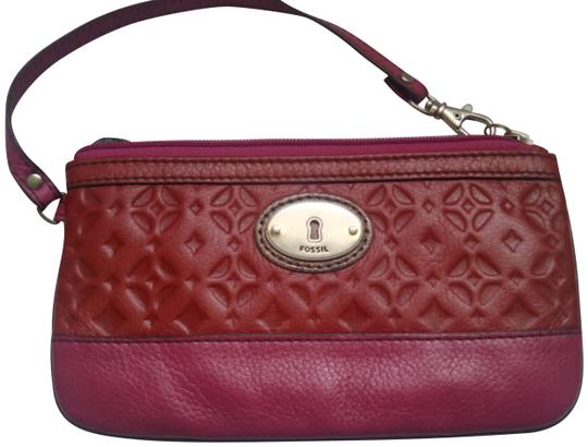 Preload https://img-static.tradesy.com/item/22505939/fossil-new-rare-large-claret-maddox-red-pink-leather-clutch-0-1-540-540.jpg
