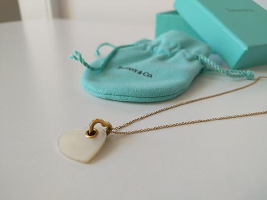 Tiffany & Co. Tiffany & Co. 18k Gold Mother of Pearl Heart Necklace 16