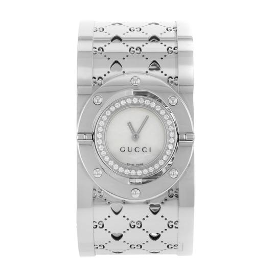 Preload https://item2.tradesy.com/images/gucci-white-mother-of-pearl-112-112-24mm-watch-22506196-0-0.jpg?width=440&height=440