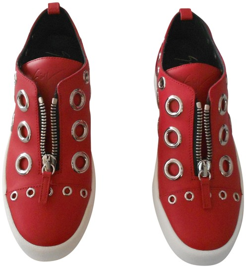 Preload https://item2.tradesy.com/images/giuseppe-zanotti-red-rs6109-maxi-and-mini-grommet-accented-women-s-low-top-leather-sneaker-sneakers--22506206-0-1.jpg?width=440&height=440
