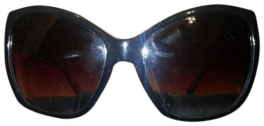 Preload https://img-static.tradesy.com/item/22506290/dolce-and-gabbana-black-dg4111-sunglasses-0-1-540-540.jpg