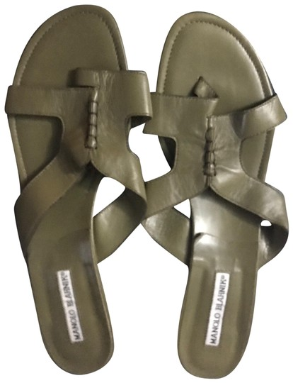 Preload https://img-static.tradesy.com/item/22506296/manolo-blahnik-khaki-green-slides-sandals-size-eu-405-approx-us-105-regular-m-b-0-1-540-540.jpg