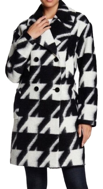 Preload https://img-static.tradesy.com/item/22506526/7-for-all-mankind-houndstooth-wool-blend-peacoat-coat-size-8-m-0-1-650-650.jpg