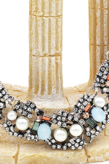 Ocean Fashion Multiple colour crystal and pearl silver side necklace