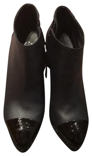 Preload https://item1.tradesy.com/images/chanel-blueblack-bootsbooties-size-eu-38-approx-us-8-regular-m-b-22506700-0-1.jpg?width=440&height=440