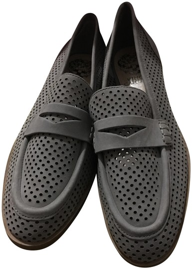 Preload https://item2.tradesy.com/images/vince-camuto-flats-size-us-55-narrow-aa-n-22506741-0-1.jpg?width=440&height=440