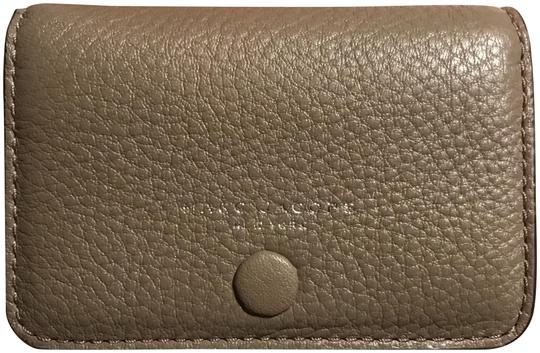 Preload https://item2.tradesy.com/images/marc-jacobs-quartz-grey-m0013053-leather-card-case-wallet-22506876-0-2.jpg?width=440&height=440