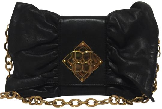 Preload https://img-static.tradesy.com/item/22507207/bcbgmaxazria-shoulder-blackgold-leather-clutch-0-1-540-540.jpg