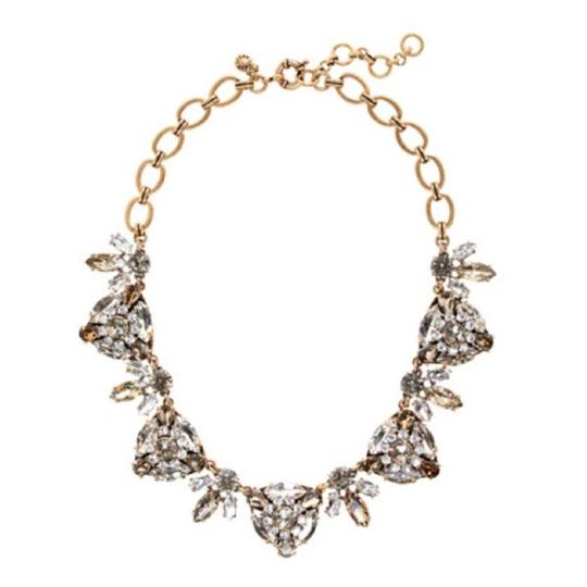 Preload https://item5.tradesy.com/images/jcrew-nwt-radiating-triangles-necklace-22507319-0-0.jpg?width=440&height=440