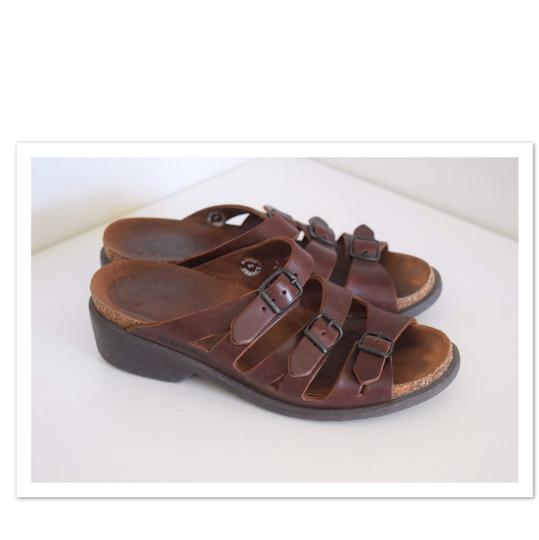 Preload https://item3.tradesy.com/images/mephisto-brown-leather-low-wedge-sandals-size-us-8-regular-m-b-22507412-0-0.jpg?width=440&height=440