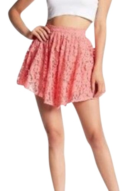 Preload https://item5.tradesy.com/images/nbd-pink-lace-skirt-size-4-s-27-22507424-0-1.jpg?width=400&height=650
