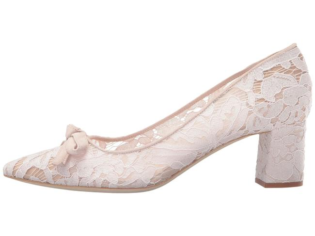 Item - Blush Madelaine Too Pointed Toe Lace Pumps Size US 8 Regular (M, B)