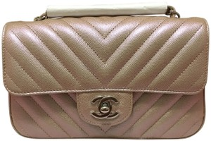 d3196df0c53995 Chanel Mini Caviar Mini Flap Metallic Mini Light Mini Pink Mini Cross Body  Bag. Chanel Mini Iridescent Light Chevron 2017 17b Rose Gold Caviar Leather  ...