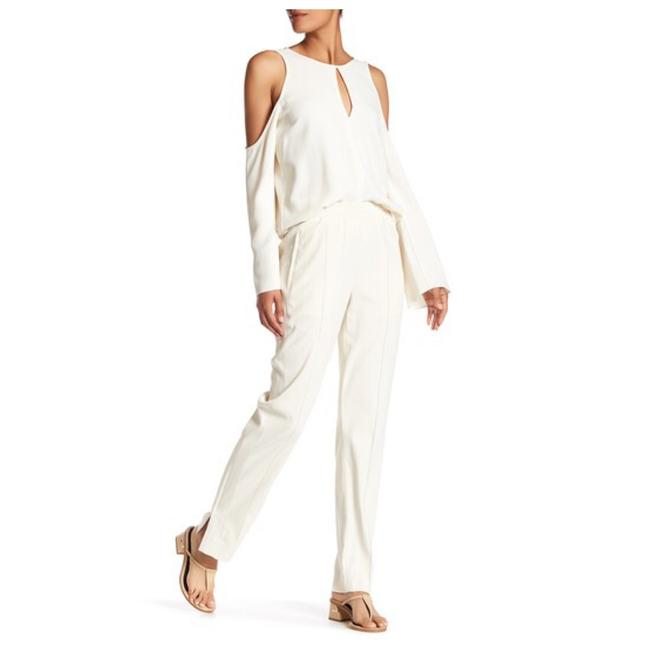 Preload https://item5.tradesy.com/images/theory-sandy-white-viewpine-c-bergen-ankle-zip-pant-size-size-6-s-28-22507929-0-0.jpg?width=400&height=650