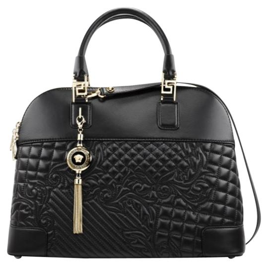 Preload https://item2.tradesy.com/images/versace-quilted-handbag-crossbody-necklace-athena-vanitas-black-leather-shoulder-bag-22507931-0-6.jpg?width=440&height=440