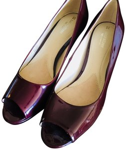 Naturalizer Red Wine Pumps