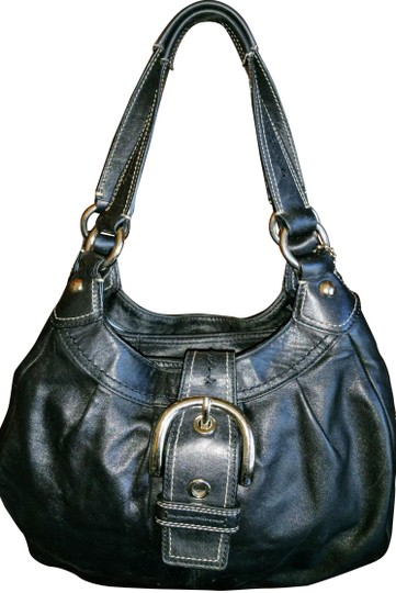 Preload https://img-static.tradesy.com/item/22508476/coach-soho-leather-lynn-black-style-f15527-black-hobo-bag-0-2-540-540.jpg