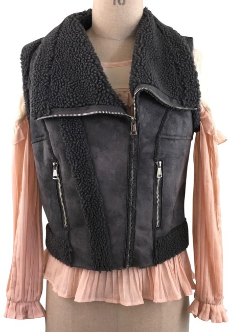 Preload https://item3.tradesy.com/images/bebe-gray-faux-suede-and-shearling-fur-s-nwot-vest-size-6-s-22508632-0-1.jpg?width=400&height=650