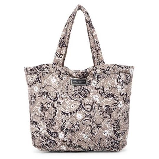 Preload https://img-static.tradesy.com/item/22508695/marc-by-marc-jacobs-quilted-paisley-grey-multi-tote-0-0-540-540.jpg