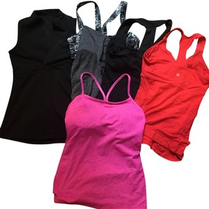 Lululemon bundle of tanks
