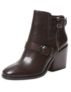 Pour La Victoire Leather Brown Boots