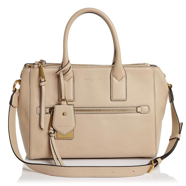 Item - East West Recruit Beige Leather Tote