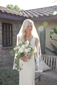 BHLDN Ivory Medium Scalloped Fingertip Bridal Veil