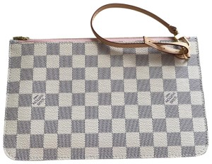 Louis Vuitton BRAND NEW LOUIS VUITTON NEVERFULL POUCH ( GM OR MM) WITH COPY RECEIPT