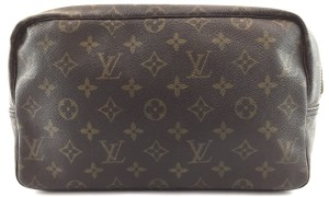 Louis Vuitton Trousse Toillete 28