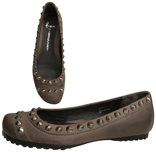 Item - Gray Silver Nwot Distressed Oil Rubbed Leather Studded Flats Size US 6 Regular (M, B)
