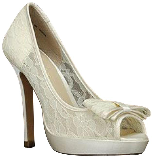 Item - Ivory Queen Formal Shoes Size US 9 Regular (M, B)