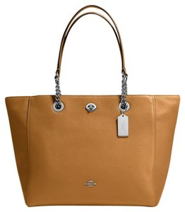 Coach Tote in Light Saddle/Silver