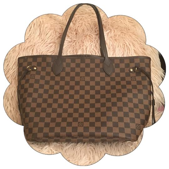 Preload https://img-static.tradesy.com/item/22512339/louis-vuitton-neverfull-like-new-mm-rose-ballerine-damier-ebene-brown-and-pink-leather-canvas-tote-0-0-540-540.jpg
