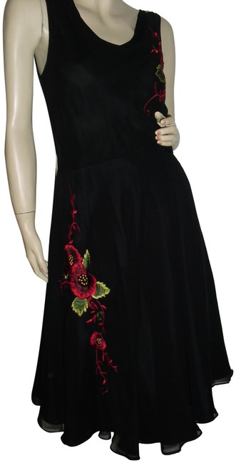 Item - Black Red Silk Cowl Neck Rose Bouquet Embroidery Petticoat Mid-length Cocktail Dress Size 12 (L)