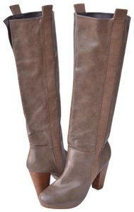 Very Volatile taupe Boots