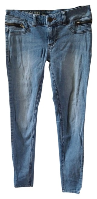 Preload https://item2.tradesy.com/images/mossimo-supply-co-light-wash-skinny-jeans-size-28-4-s-2251336-0-0.jpg?width=400&height=650