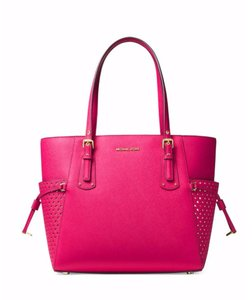 2f5c537a7510 Michael Kors Voyager East West Signature Ultra Pink Leather Tote ...