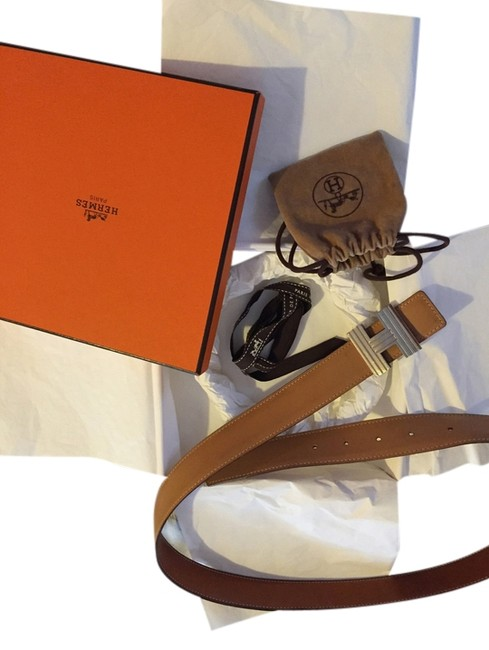 Item - Silver Buckle Tan Leather With Belt