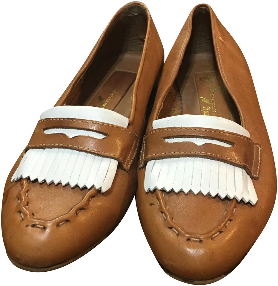 749032da919 Cherokee Tan Off White Leather Loafers Flats Size US 7 Regular (M