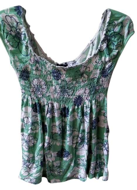 Preload https://item4.tradesy.com/images/fang-green-and-blue-print-tee-shirt-size-12-l-2251443-0-0.jpg?width=400&height=650