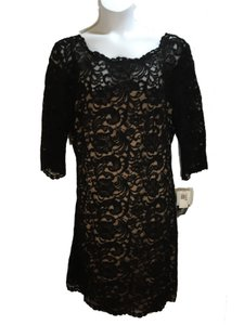 Xscape 22w Sheath Lace Dress