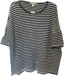 Belford T Shirt Black and White