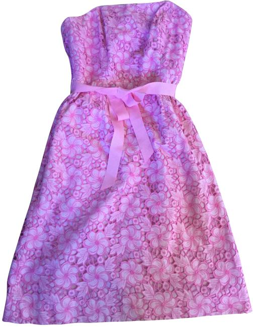 Lilly Pulitzer Pink Sienna Phipps Kentucky Eyelet Lace Strapless Mid-length Cocktail Dress Size 4 (S) Lilly Pulitzer Pink Sienna Phipps Kentucky Eyelet Lace Strapless Mid-length Cocktail Dress Size 4 (S) Image 1