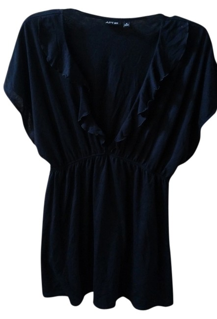 Preload https://item1.tradesy.com/images/apt-9-black-none-cover-upsarong-size-8-m-2251520-0-0.jpg?width=400&height=650