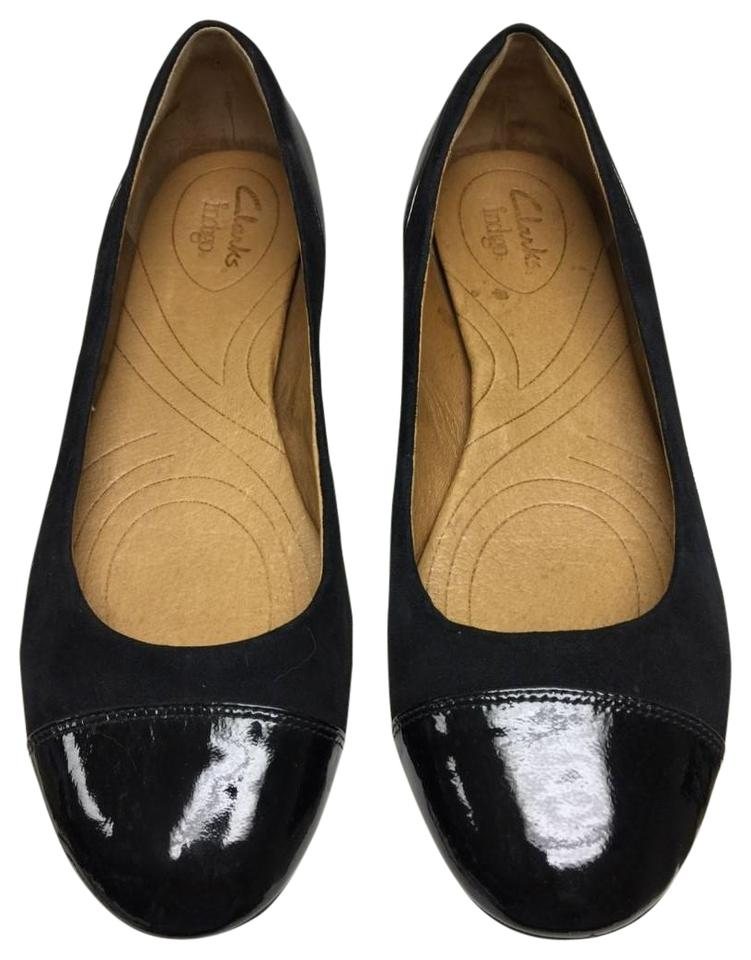 58f320e9e4fb6 Clarks Suede Patent Leather Cap Toes Covered Heels Black Flats Image 0 ...