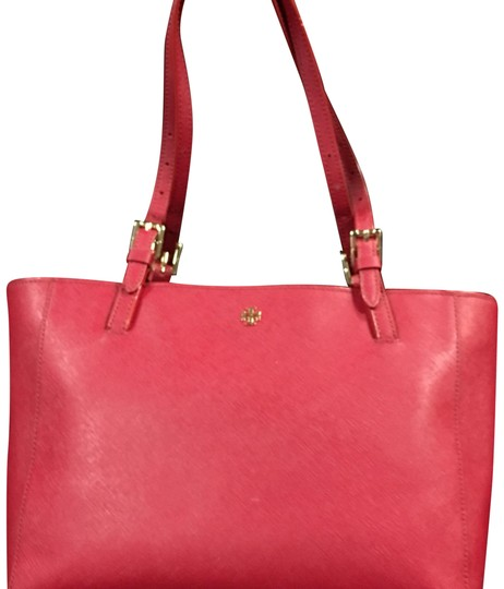 Preload https://img-static.tradesy.com/item/22517674/tory-burch-red-leather-tote-0-1-540-540.jpg