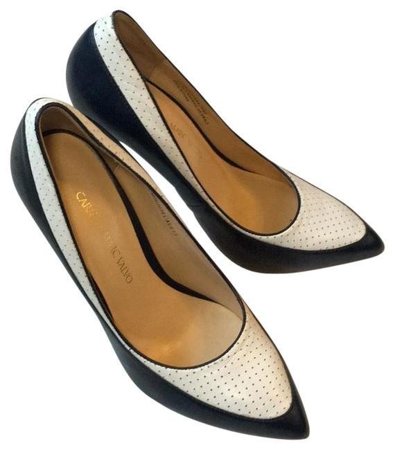 Item - Navy White Francesca Pumps Size US 6 Regular (M, B)